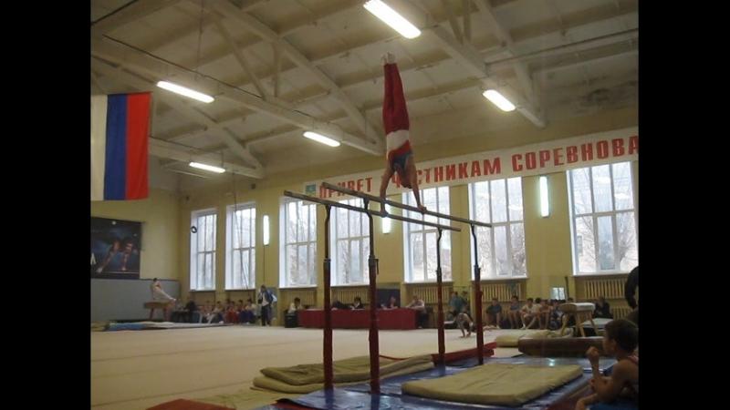 Ворсин Егор 13 лет брусья