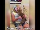 Девочка ждала собаку 7 лет и наконец получила Очень трогательно