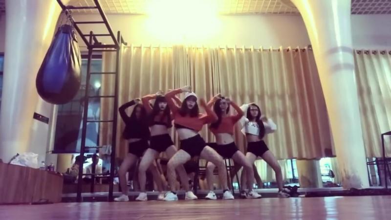 LẮC KIU ROCK YOU XÔ TÍT choreography XOXO CLASS.mp4
