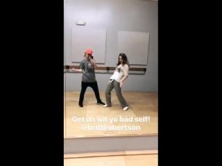 Britt Robertson with Lindsay Taylor