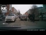 БИТА VS ТРАВМАТ  в Саратове между водителями завязалась дикая драка