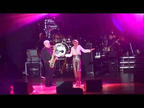 Леонид Агутин и Анжелика Варум в Чикаго Evanston Auditorium Sun Nov 12 2017 part 2