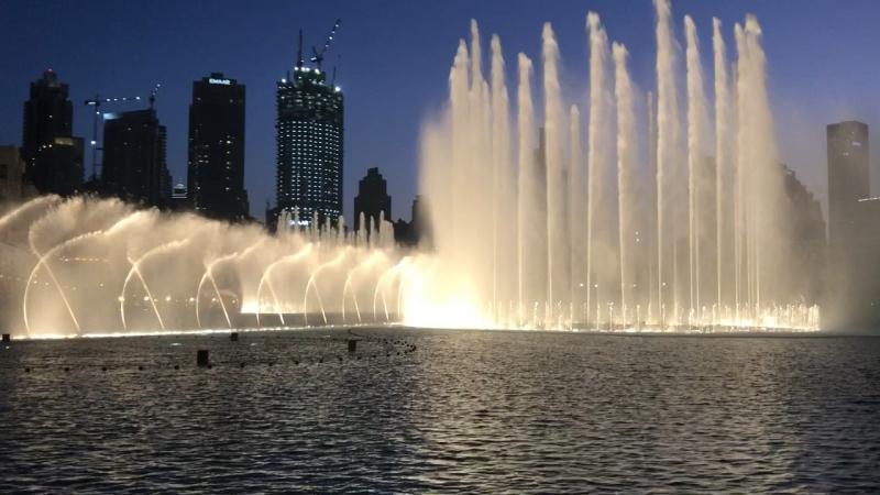 Поющий/танцующий фонтан в Дубае 2 » Freewka.com - Смотреть онлайн в хорощем качестве
