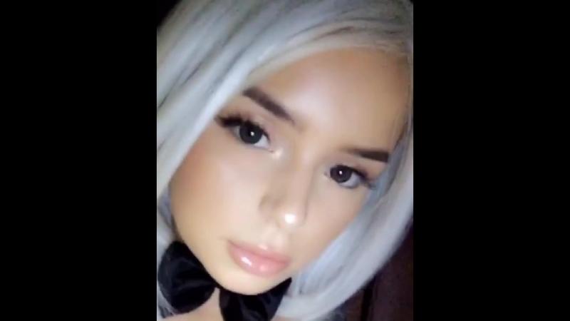 Demi Rose горячая красивая модель и ее шикарные большие сиськи и большая упругая жопа, секс латиночка фитоняшка не порно