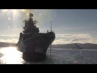 В Кронштадт прибыли первые пять кораблей — участников Главного Военно-морского парада.