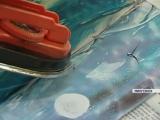 Пенсионерка из Минусинска рисует обычным утюгом