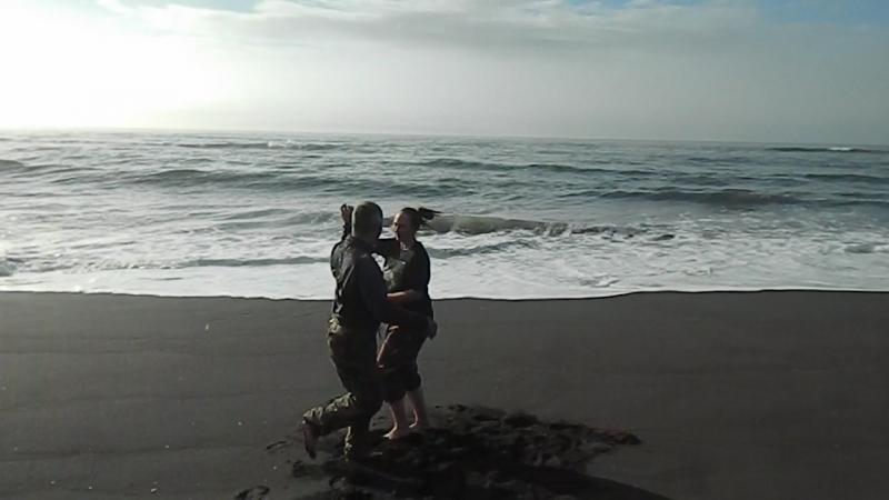 Бачата на берегу Тихого океана