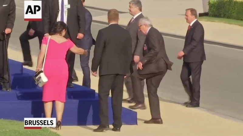 Пьяный ЮНКЕР на САММИТЕ НАТО?