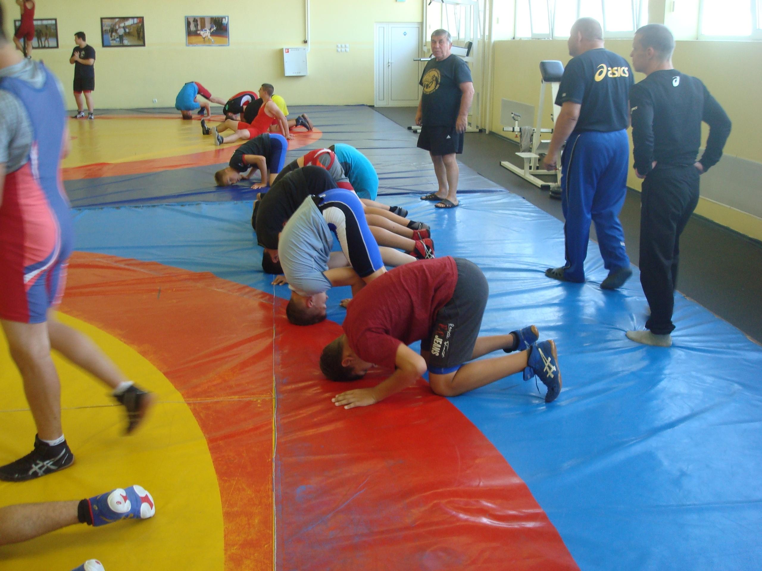 В Михайлове Рязанской области проходят сборы юных борцов