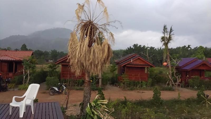 Стремительный ливень в Таиланде, Ао Нанг, Краби