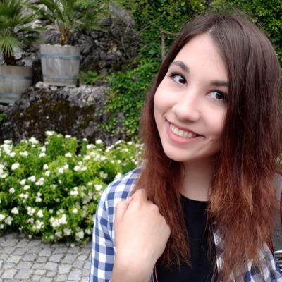 Лиза Гришина