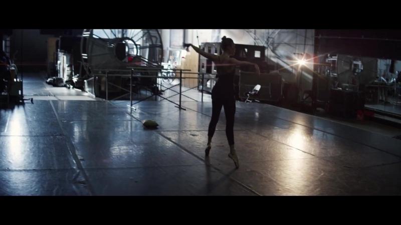 Claptone - Heartbeat feat. Nathan Nicholson (Official Music Video)    клубные видеоклипы