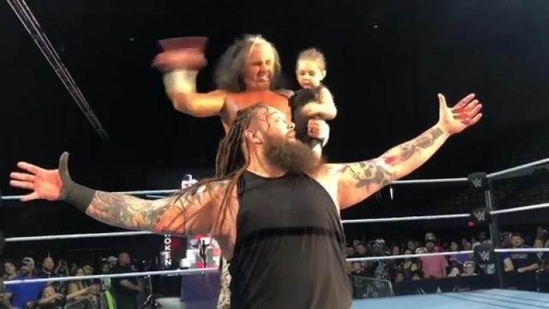Король Максел совершил появление на хаус-шоу WWE