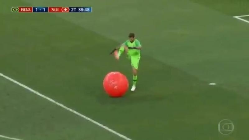 В России не ты лопаешь шарики, а они тебя :D