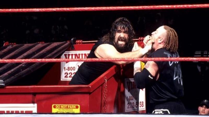 Сасtus Jаck Сhаinsаw Сhаrlie vs. Nеw Аgе Оutlаws (Dumpster Match) - WWF WrestleМаniа XIV