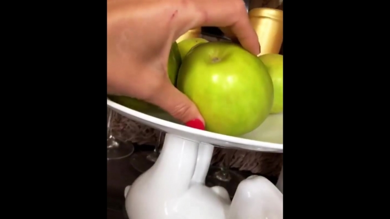 2 день! Гречка на воде (без соли и сахара) Кефир 1 л растягиваем на весь день, 2 яблока максимум 🤷♀️. ВТОРОЙ ДЕНЬ ДЕРЖУСЬ ,ОТВЕ