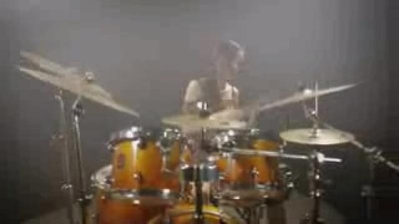 Bon_Jovi_-_It_s_my_life_-_Drum_Covered_by_Mai_Thơ.3gp