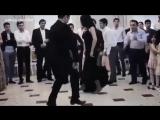 Не знаю, что это за танец, но реально очень круто.mp4