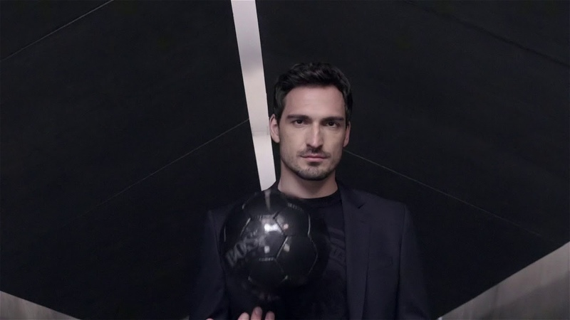 Mats Hummels goes smart casual with BOSS official fashion outfitter to the German team BOSS