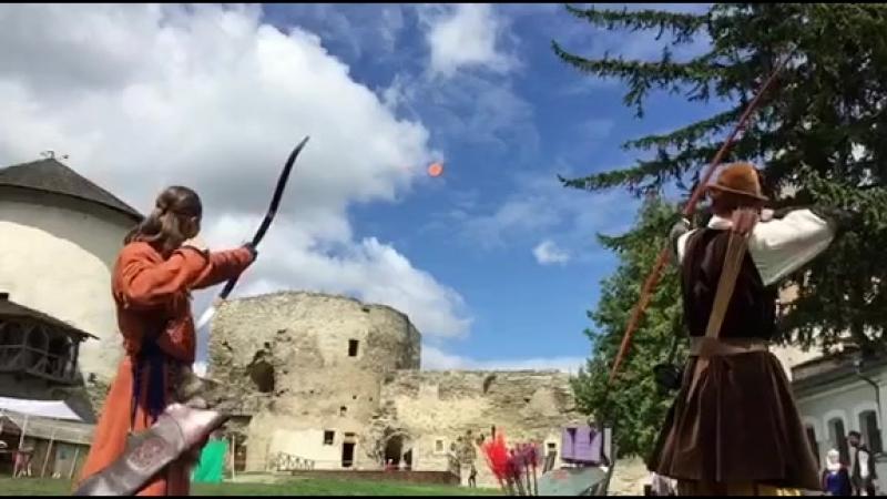 Стрельба по тарелочкам на турнире Каменная Стрела