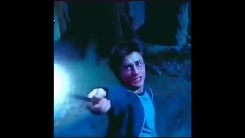 Якби Гаррі Потер був укрвїнцем:-) :-)