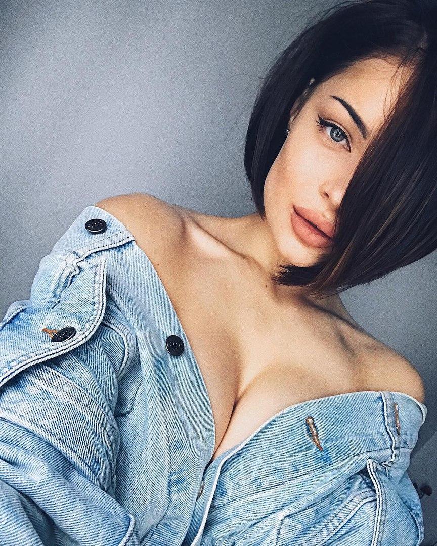 Carolyn reese breasty brunette hardcore fucking