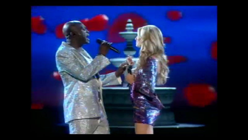 Victoria's Secret Fashion Show(2007)- Heidi and Seal