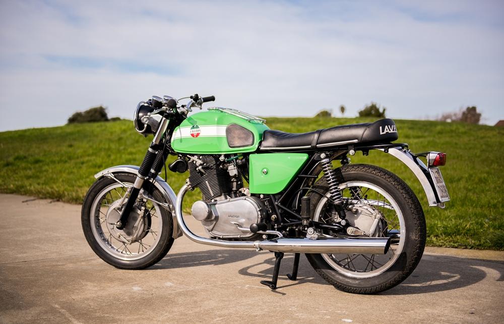 Восстановленный мотоцикл Laverda GT 750 1970
