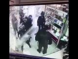 Иранская полиция организовывает беспорядки и погромы