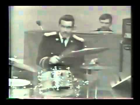 Steve Gadd: Cissy Strut (U.S. Army Field Band, around 1970)
