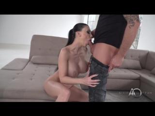 seks-aletti-miller-foto-spermi