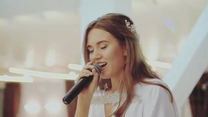 Сюрприз от невесты,вам бы понравился?😻❣️(пишите да/нет в комментах)😘Ребят,вы меня много раз просили выставить песню,которую я п