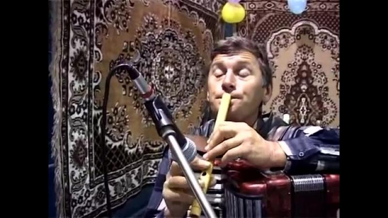 Ahdrusul de Jos Cahul Moldova Ilie Pralea cu o batuta la fluer