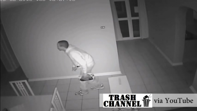 Грабители с ножами залезли в дом