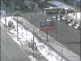 Видео столкновения пожарной машины и легковушки на Волгоградском проспекте в Москве