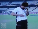 Шах Рукх Кхан даёт интервью после матча на стадионе Сады Эдема в Калькутте 8 Апреля 2018. ️