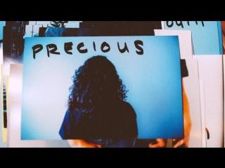 Премьера. Christina Aguilera & Demi Lovato - Fall In Line (Lyric Video)