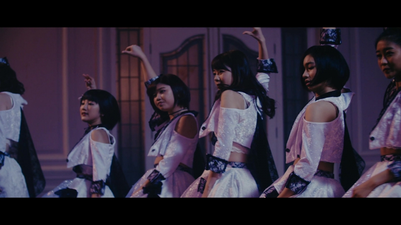 ANGERME - Kisokutadashiku Utsukushiku Right side