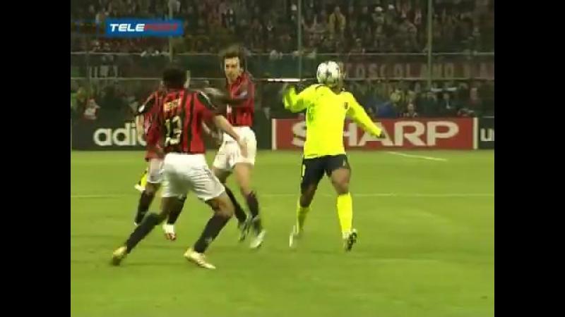 Ronaldinho vs Milan