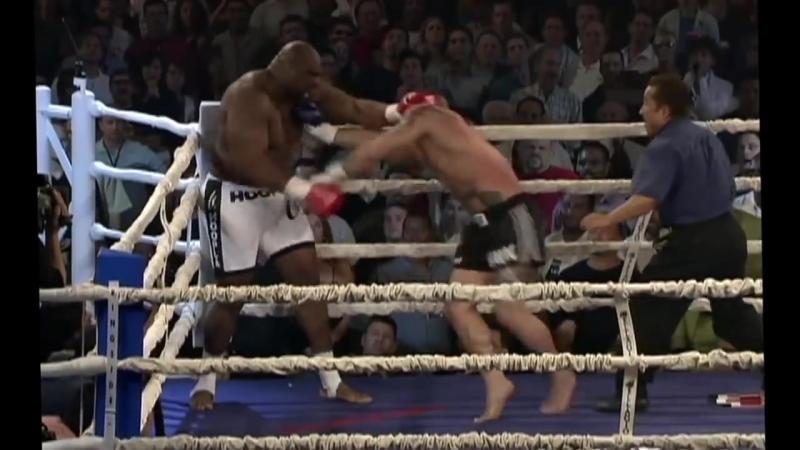 K1_ смешной бой супертяжа против супер-супертяжа (Kimo vs Bob Sapp)