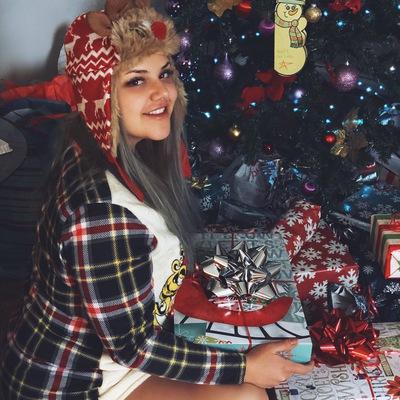 Наина Мельникова