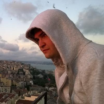 Антон Константинов