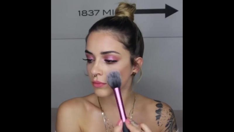 Real Techniques DACH on Instagram All pink everything 💞 @ zeigt Euch in diesem Tutorial ihren bezaubernden