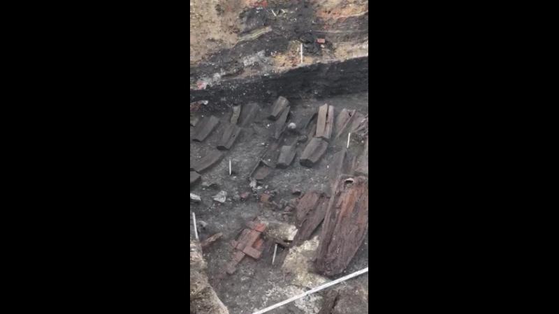 откопали кости при строительстве