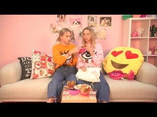 Lisa & lena proeven nederlandse snacks | lisa & lena taste dutch snacks | tinatv