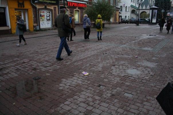 Состояние Покровской улицы: отсутствие разуклонки в ливнёвку