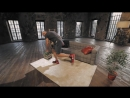 Домашние тренировки с Денисом Семенихиным Упражнения для спины (тяга пачки книг к поясу)