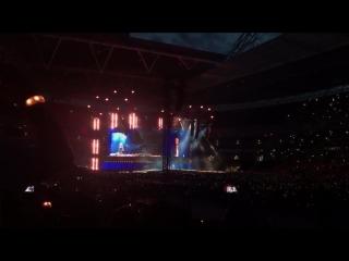 Taylor Swift and Robbie Williams - Angel (reputation stadium tour)