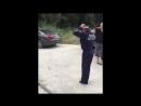 Полицейский танцует ДПС зажигает на посту
