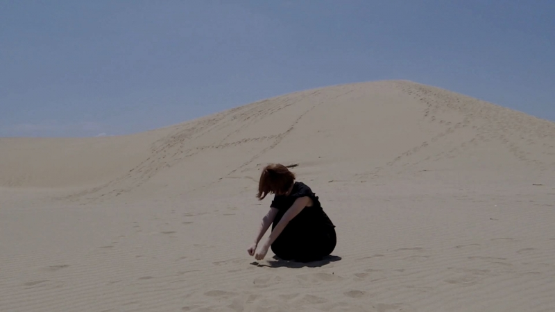 【鳥取砂丘で】砂の惑星 踊ってみた【空乃こぼし】 sm33536002